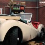 modellautos diorama TR3A Corner 7L